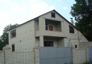 Продам 2 эт. дом в Люботине 212 кв.м - Image1