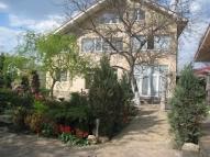 Дом, Красный луч - фото 1