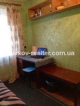 1-комнатная гостинка, П.Поле - Image2
